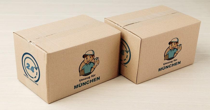 Kartons mit Logo